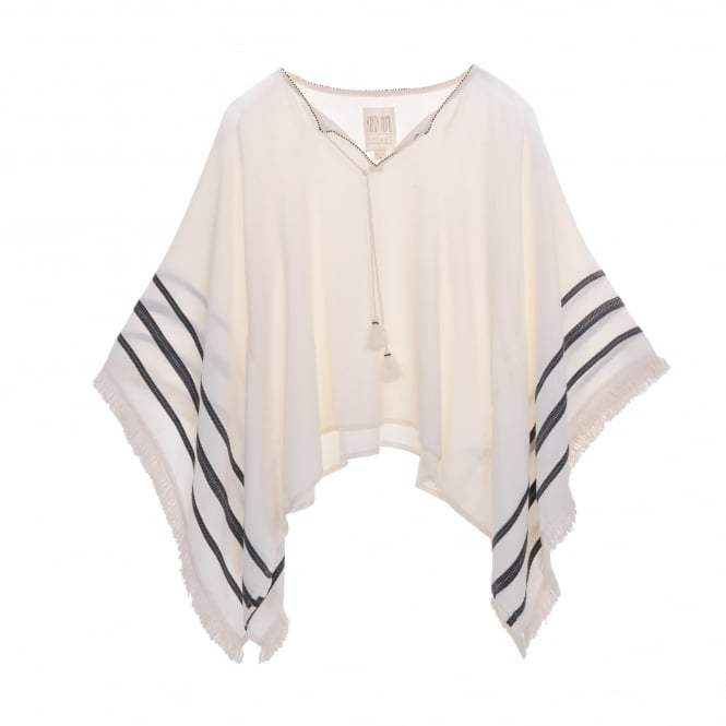 Velvet by Graham & Spencer Kirsty Hume Cream Poncho